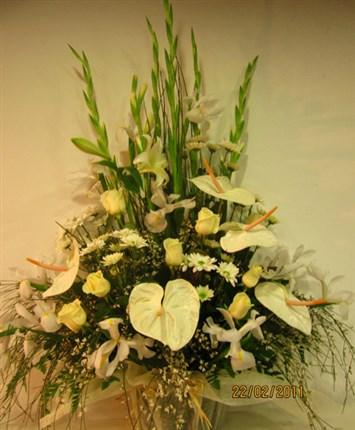 centros y cestas de flores naturales