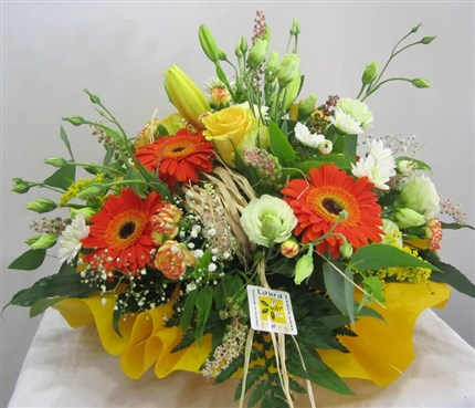 Centros y cestas de flores naturales - Centros de plantas naturales ...