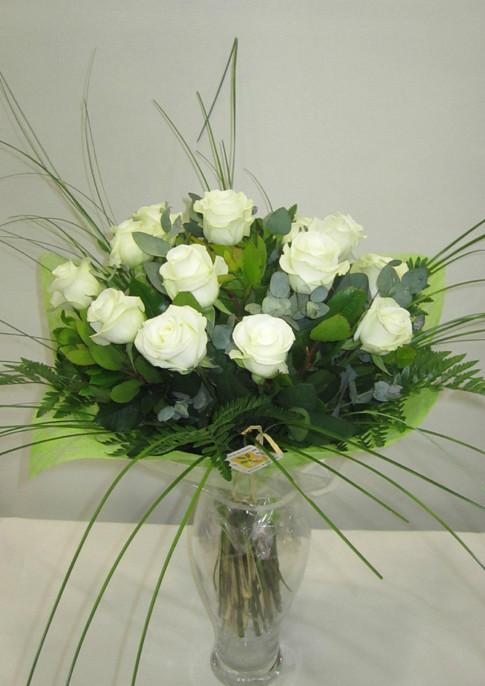 Comprar Flores En Barcelona A Lauraflors - Imagenes-de-ramos-de-rosas-blancas